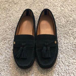 Tommy Hilfiger size 8 1/2 black leather loafers